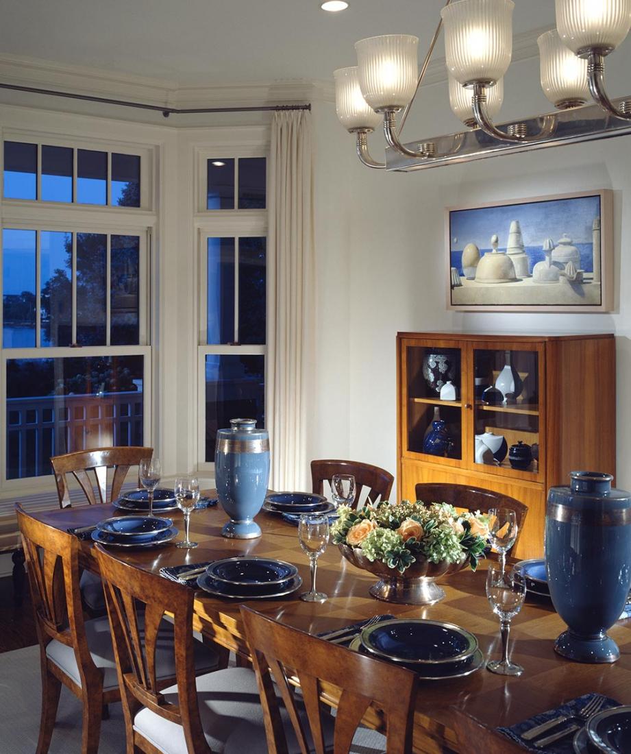 Dining space. © Gomez Associates